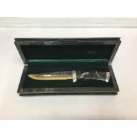 Нож подарочный в шкатулке из камня змеевика